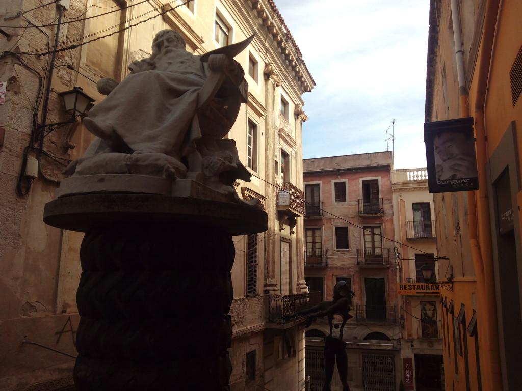 Paseando por Figueres, Girona.
