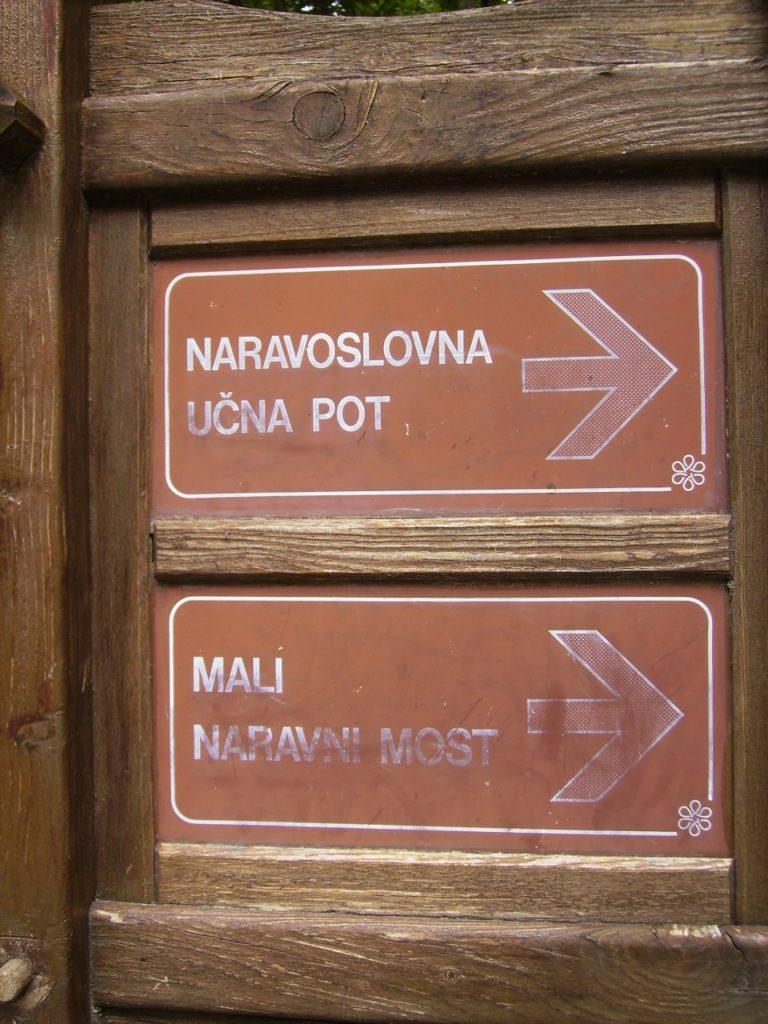 Indicador a Rakov Skocjan, en Eslovenia.
