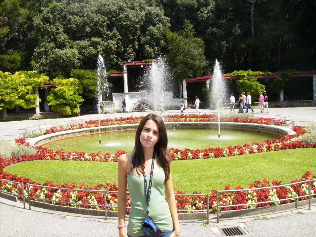 Jardines del Castillo de Miramar, en Trieste, Italia.