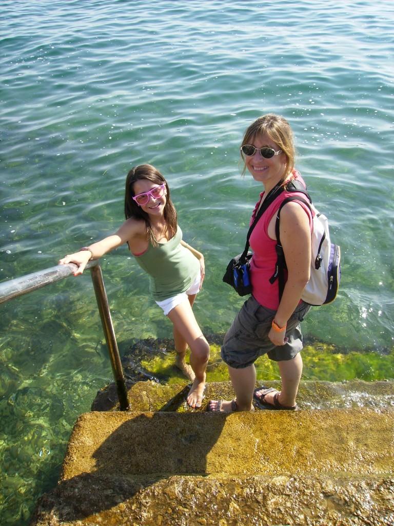Acceso al mar en Trieste, Italia.