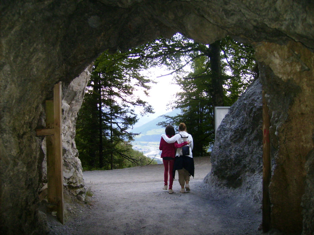 Camino de vuelta de la Cueva de Hielo de Eisriesenwelt, Austria.
