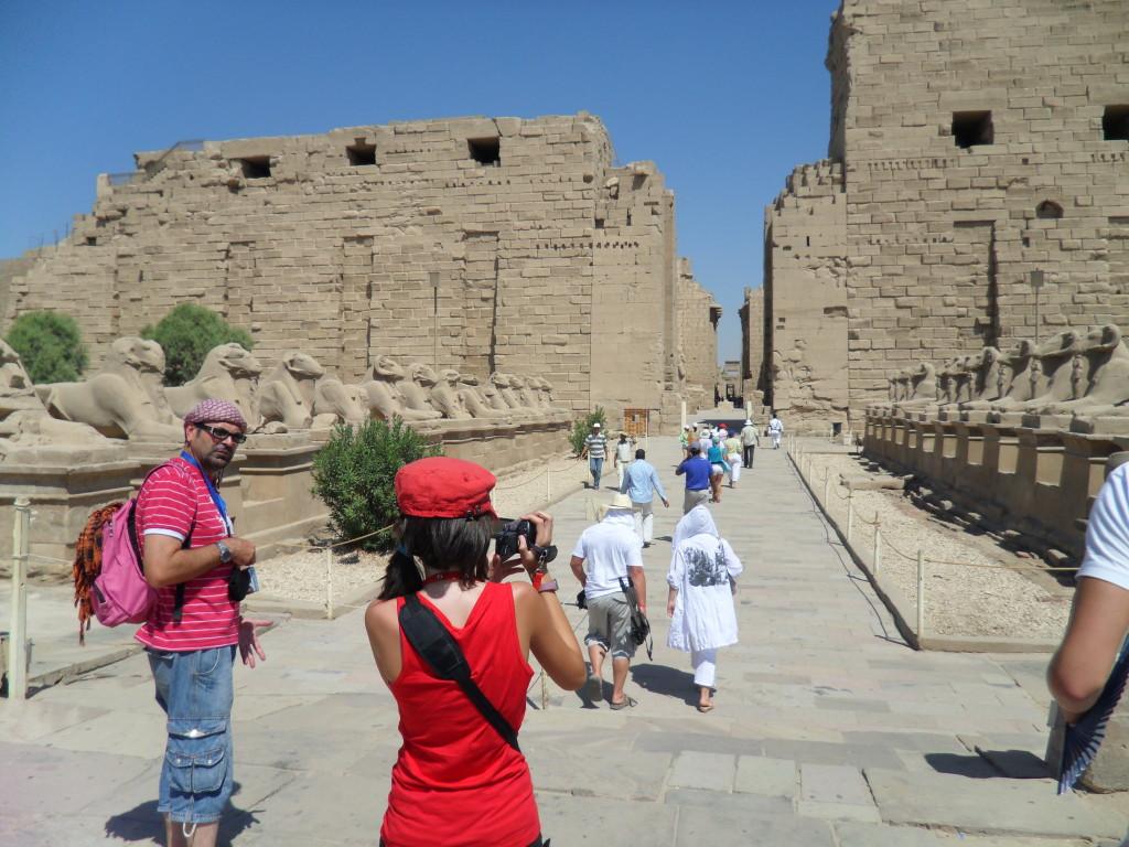 Avenida de los Carneros en el templo de Karnak.