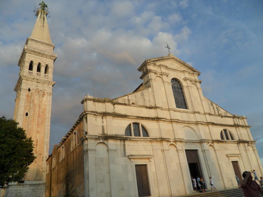Iglesia de Santa Eufemia en Rovinj en Croacia.