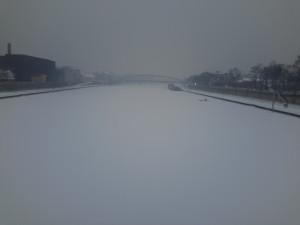 Río Vístula congelado.