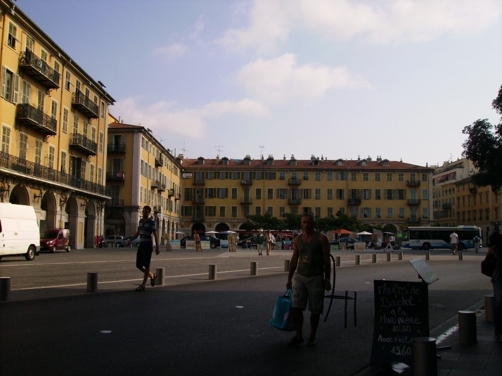Plaza Garibaldi de Niza, en la Costa Azul.