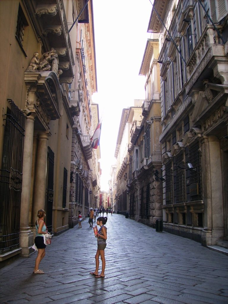 Via Garibaldi de Génova, en Italia.