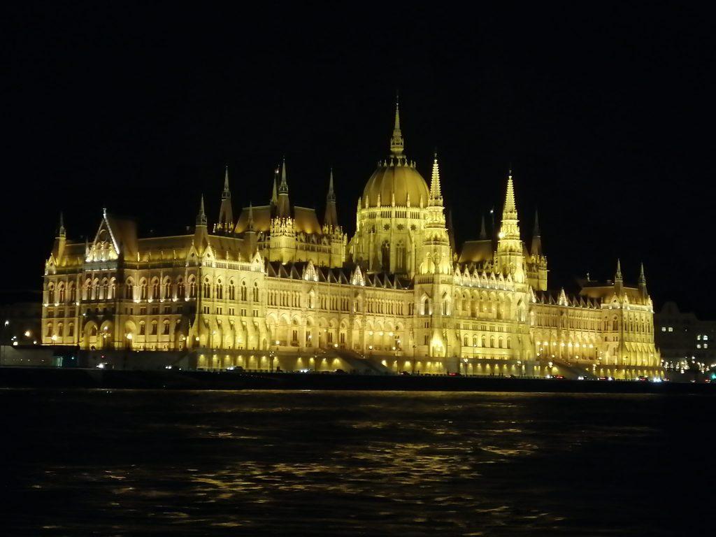 Paseo en barco por el Danubio