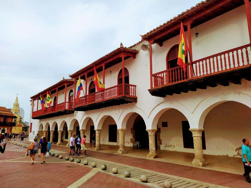Plaza de la Aduana en Cartagena, Colombia.